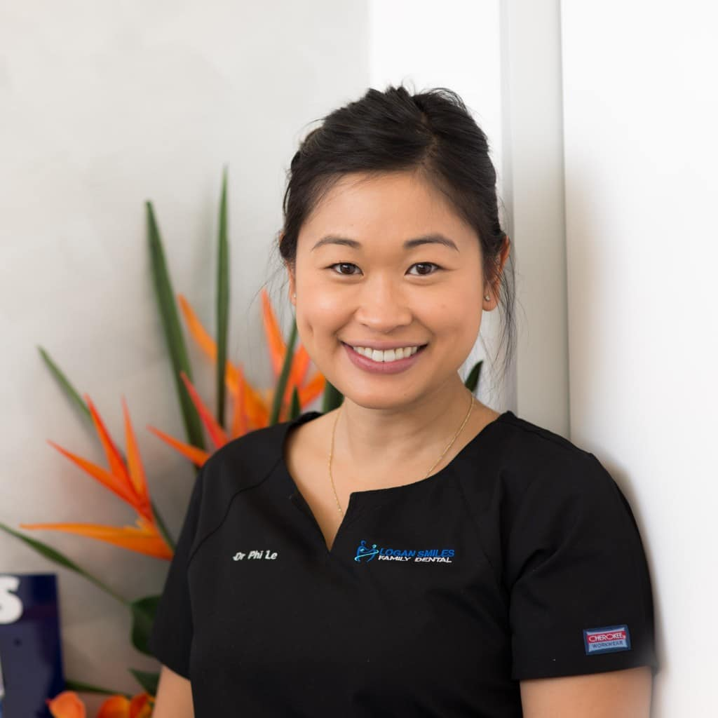 Dr Phi Vy Le at Logan Smiles Family Dental Practice in Logan